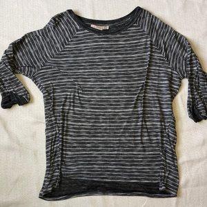 FOREVER21 Quarter Length T-shirt